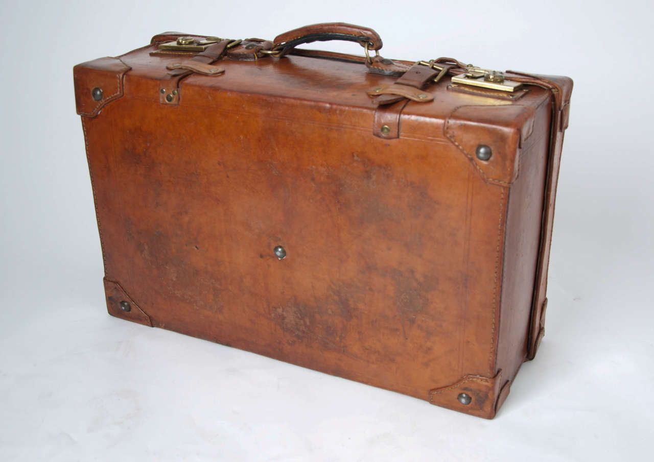 4aa4424fc 19th C. Leather SUITCASE, English, Very High Quality at 1stdibs ...