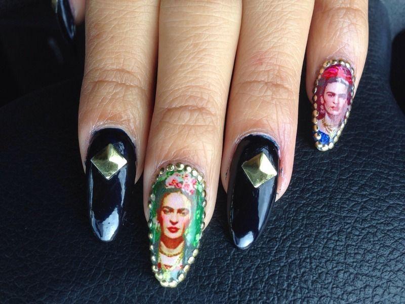 Nailpolis Museum of Nail Art   Frida Kahlo Nails by Elsy Pac ...