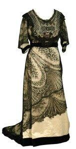 Black lace c. 1905-1915