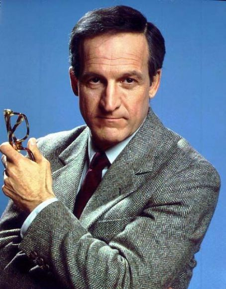 Daniel J. Travanti, actor