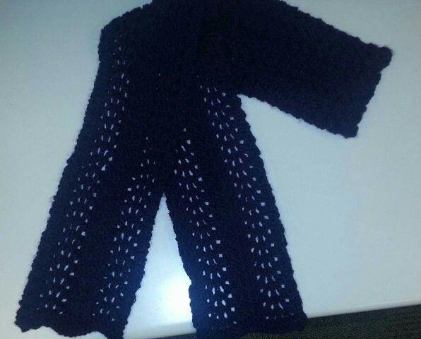 Purple fan pattern scarf