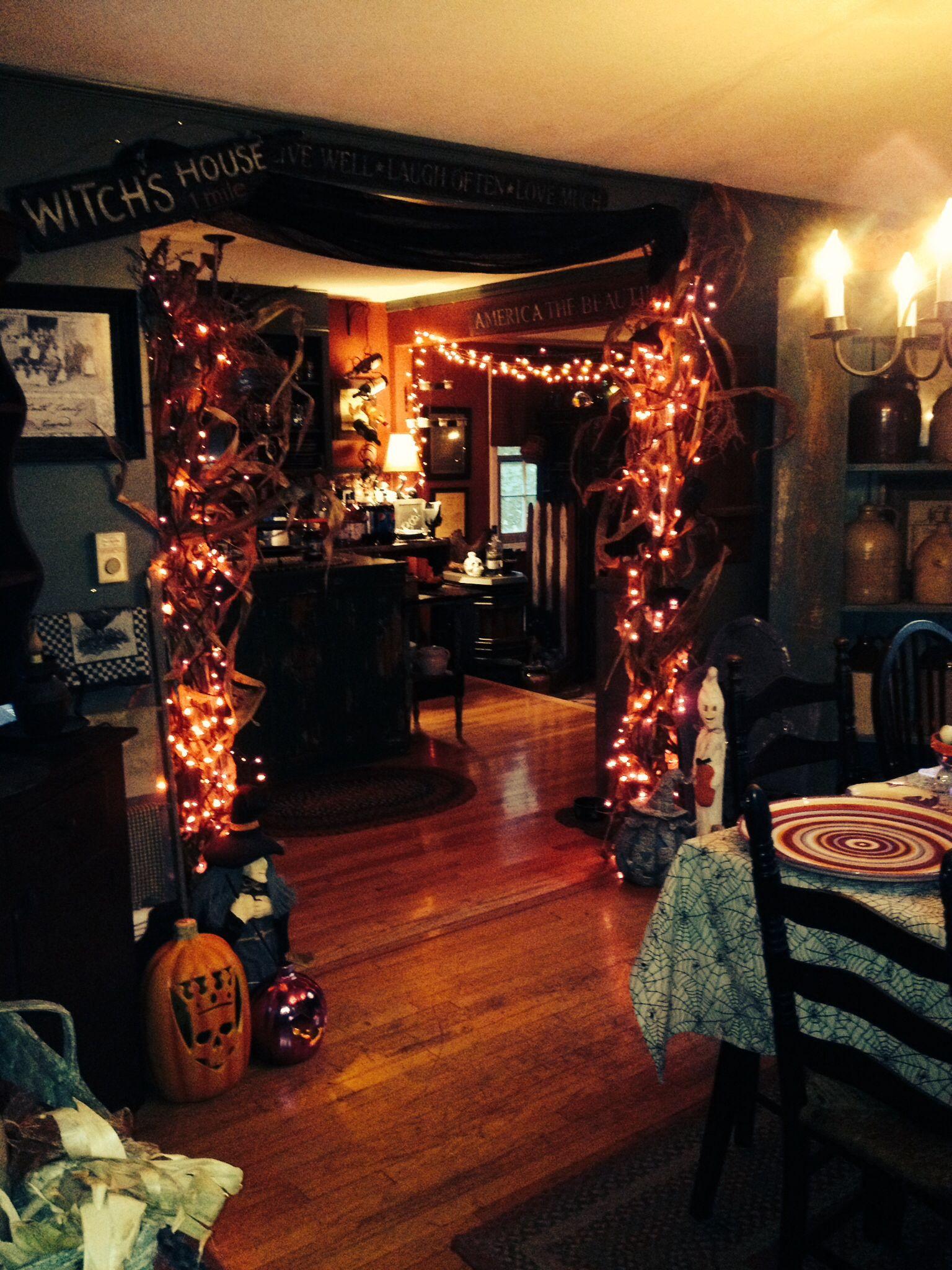 Primitive Halloween love, love love Halloween decorating