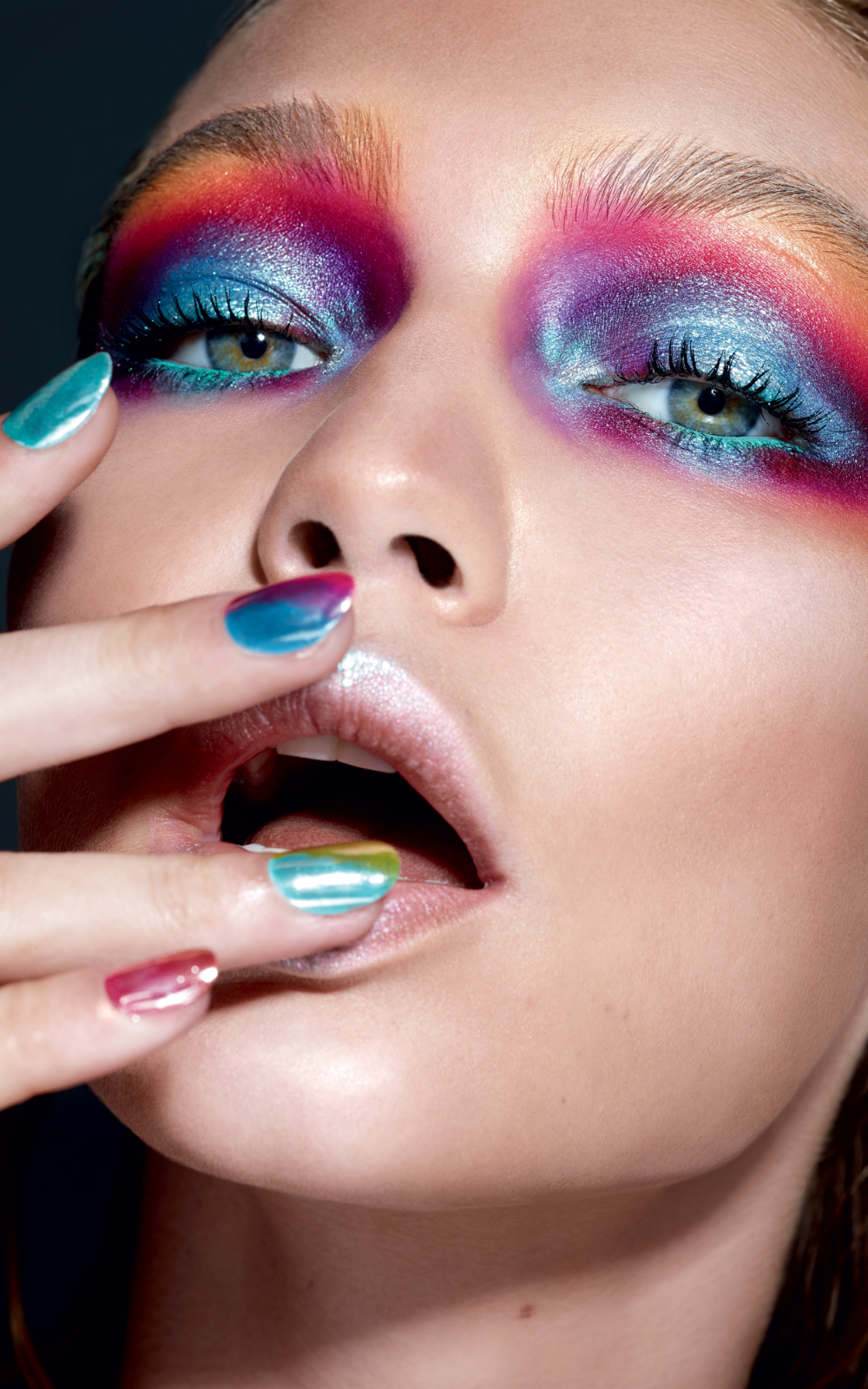 Meet Erin Parsons The Maybelline Makeup Artist Behind The