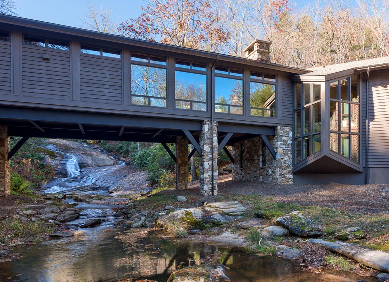 ruheort am rande eines flusses dieses lndliche haus am rande eines flusses bietet eine fantastische - Fantastisch Moderne Innenarchitektur Einfamilienhaus