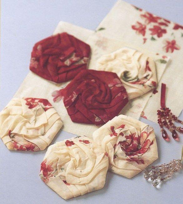 tuto roses origami hexagones fleurs tissus papier pinterest broderie hexagones et couture. Black Bedroom Furniture Sets. Home Design Ideas