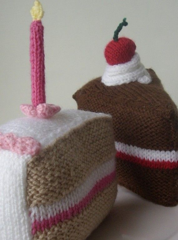 knitting pattern for LARGE Birthday Cake and Gateau ...