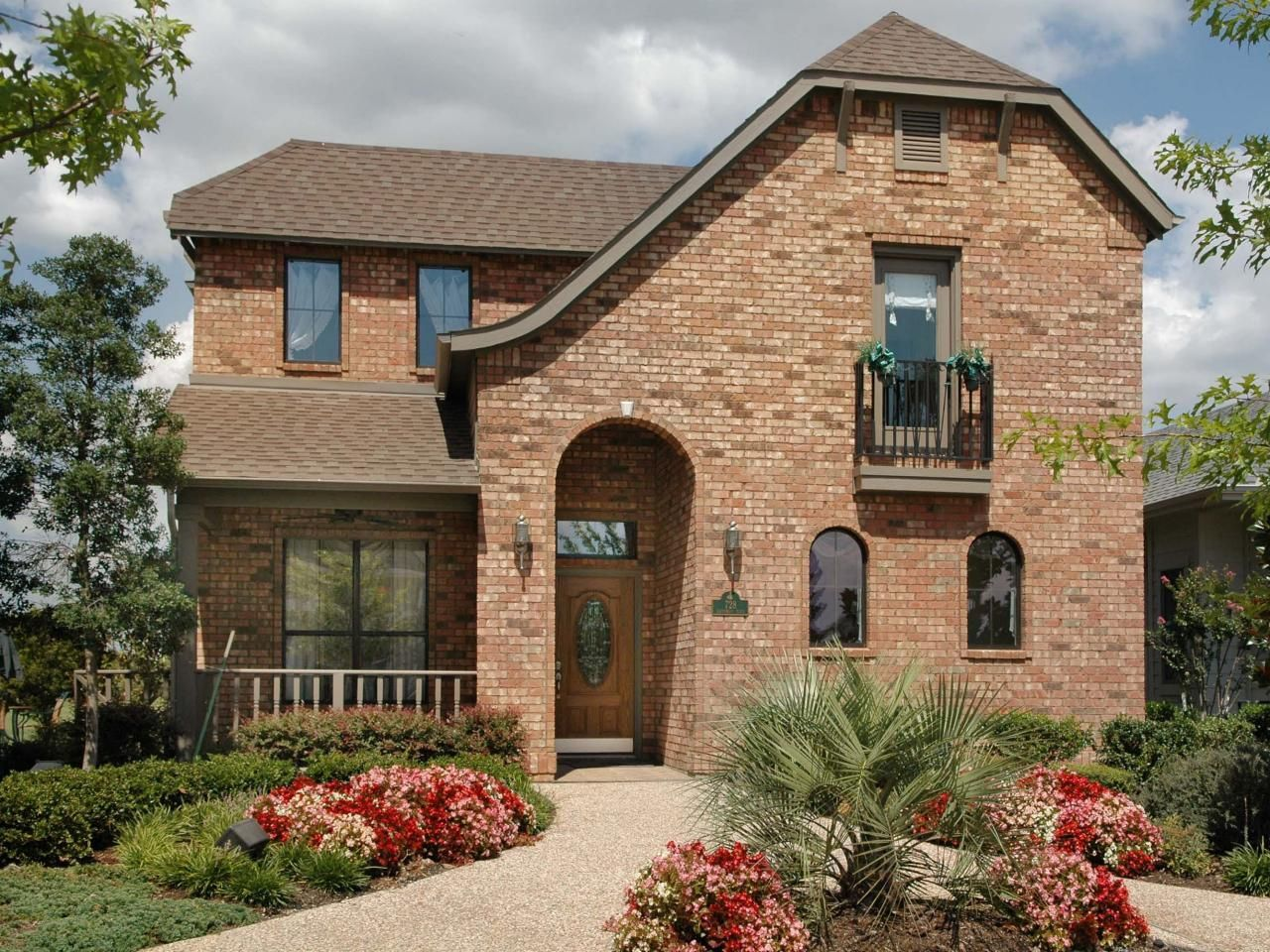 Home Exterior Options Set Interesting A Traditional Texan Brick Facade Is Blended With Elements Of . Design Decoration