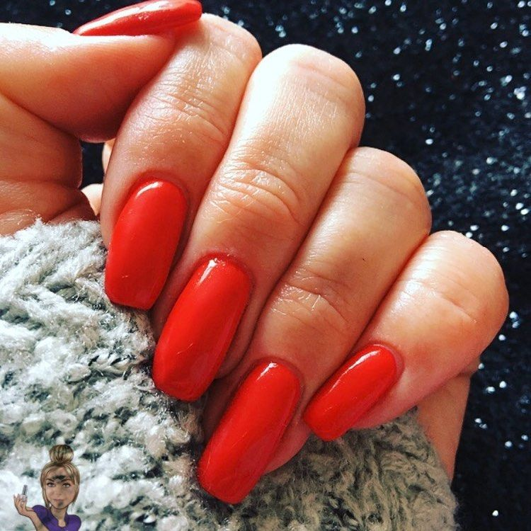 Lovely classic red gel nails 💅🏽 using @the_gelbottle_inc #tgbholly #thegelbottle #thegelbottleinc #tgbextremeshine #biab #tgbbiab #noclients #workingonmyself #mynails #gelnails #gelmanicure #nailsofinstagram #nails #classicred #classicrednails #red #salon #salonlife #missingwork #wakefieldnails #wakefieldbeauty #ossett #wakefield #westyorkshire #eleven #smallbusiness #smallbusinessowner