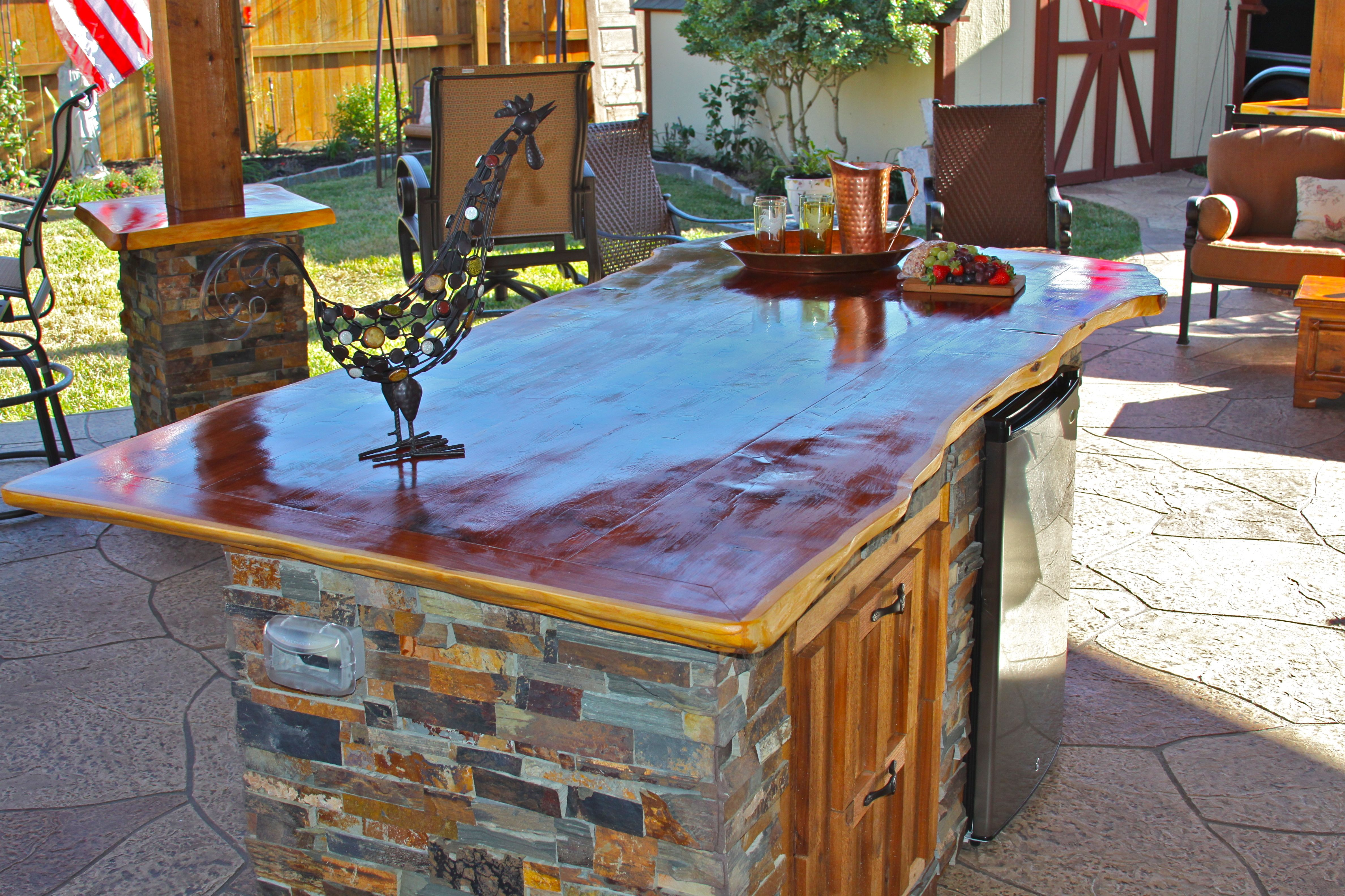 gorgeous kitchen island with images rustic outdoor kitchens outdoor kitchen patio on outdoor kitchen island id=96050