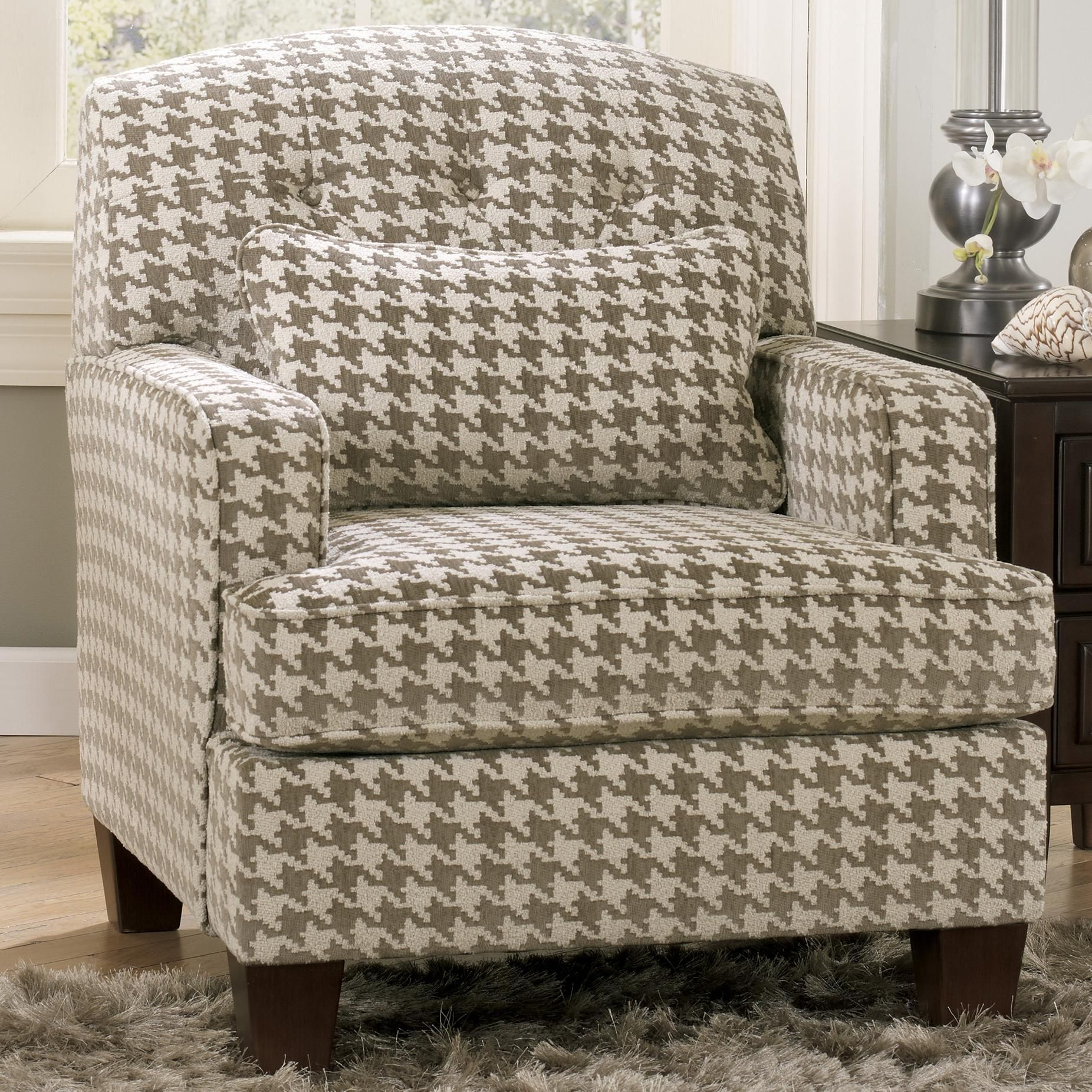 Signature Design By Ashley Donella Contemporary Houndstooth Accent