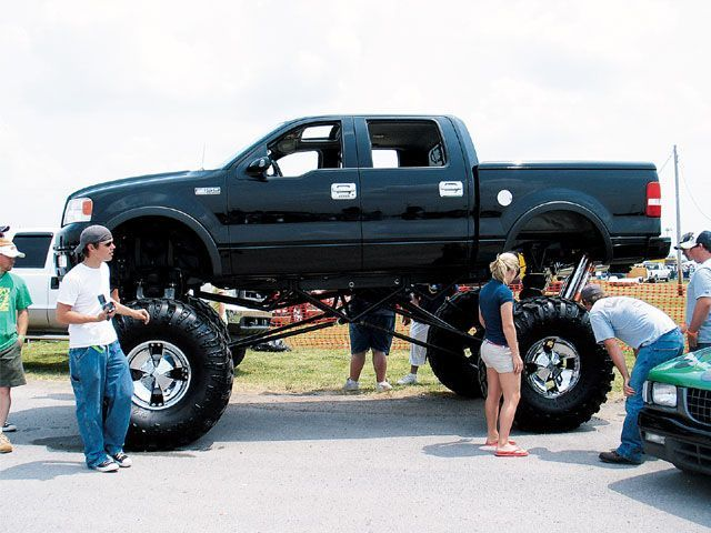dont need a lift just an escalator lovee this truck