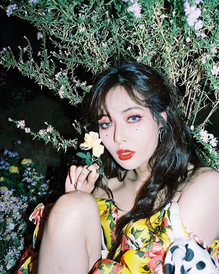 Hyun Ah No Instagram Flower Shower Hyuna Fashion Hyuna Kim See more about 4minute, hyuna and kim hyuna. flower shower hyuna fashion hyuna kim