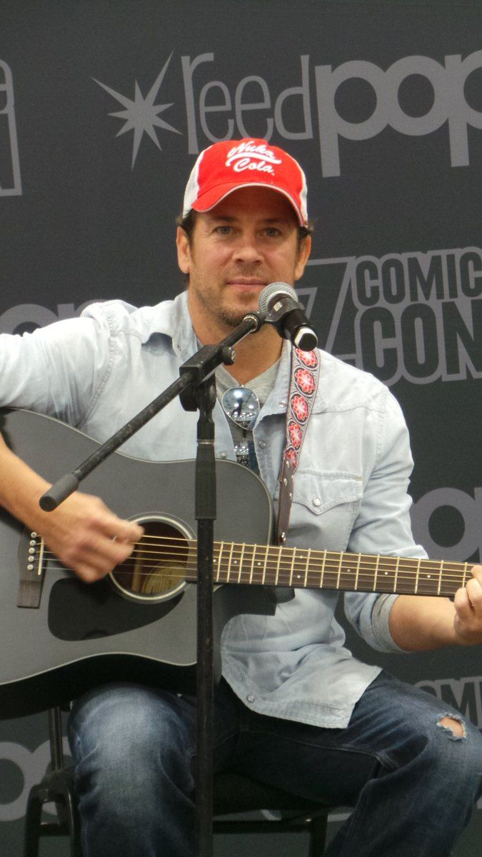 Shared by Bronwyn Cook on Twitter pic ..9-11-2016 #ChristianKane at #OzComicCon Sydney, Australia PLEASE KEEP CREDIT when sharing on ALL Social Media