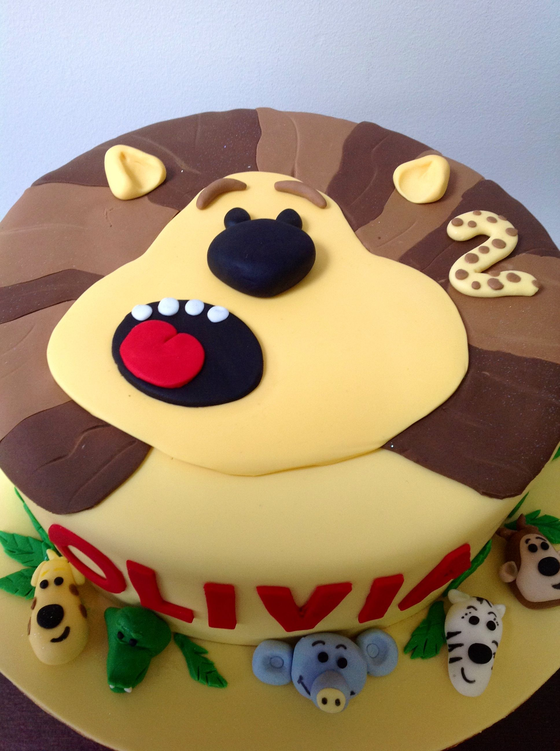 Ra Ra the noisy lion cake Lion cakes Lions and Cake