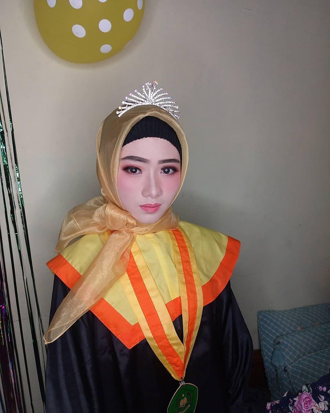 Graduation😍😍😍 Makeup by diahayu_makeup More info
