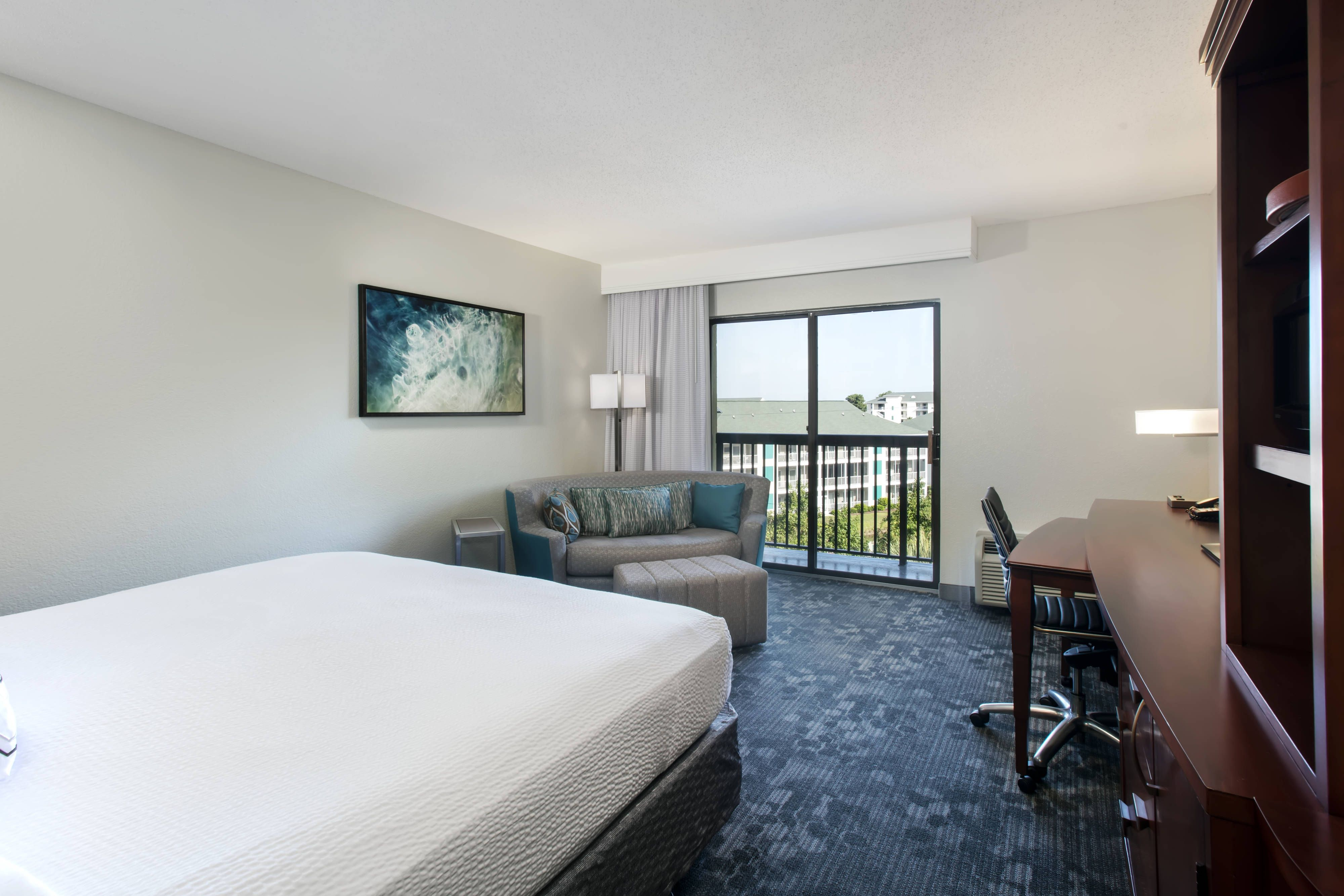 Courtyard Myrtle Beach Barefoot Landing King Guest Room With