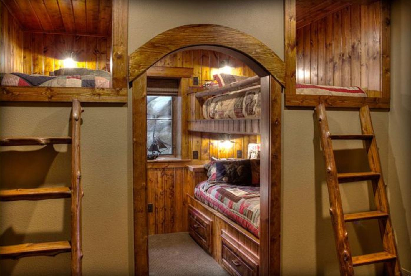 Pin By Connie Sue On Interior Rooms Tiny House Cabin