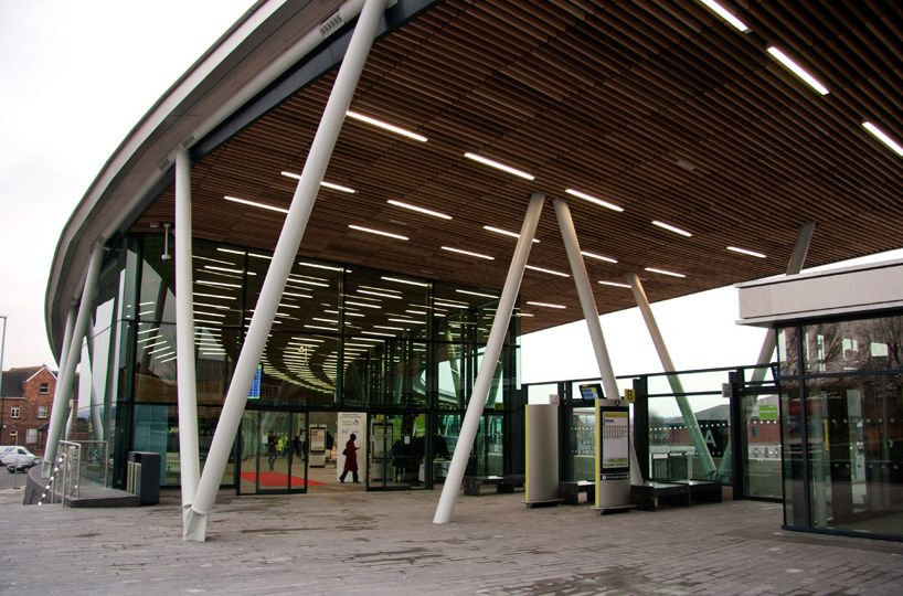 Stoke on trent bus station by grimshaw architects the for V column architecture