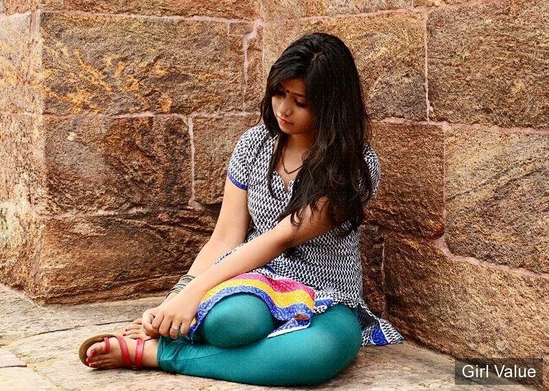 indian girl in leggings salwar kameez shalwar