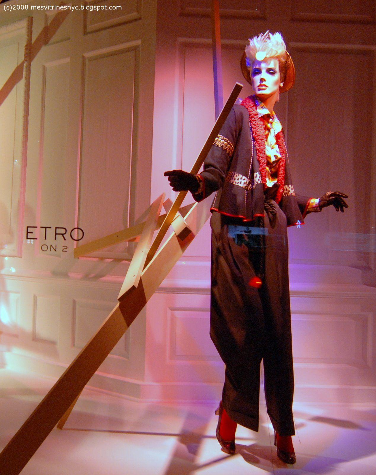 #Saks #Etro #Nyc #windows #mannequins