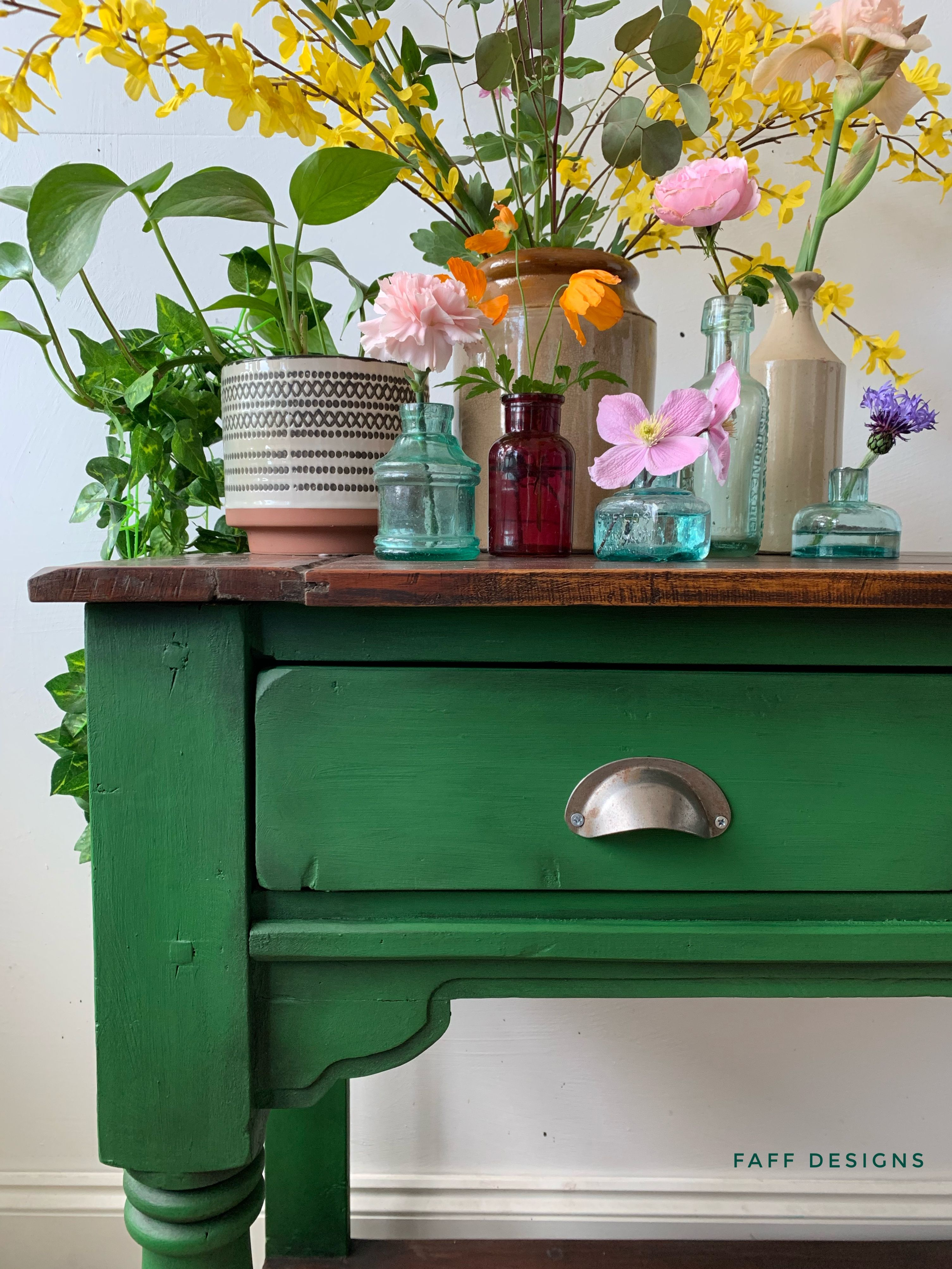 Using black wax on furniture paint in 2020 Painted