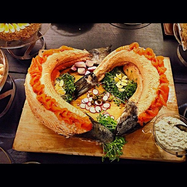 who *hearts* salmon? Chef at Dan Accadia certainly does #Food #Fish #Decorative #Israel