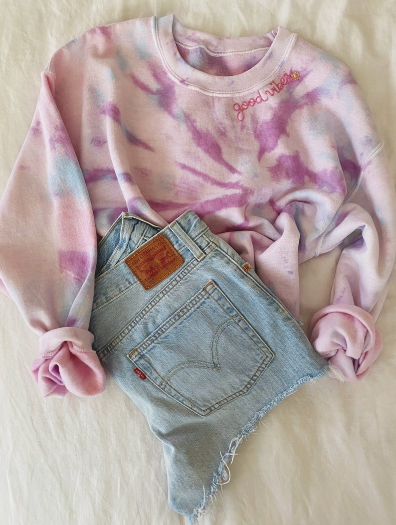 Pin By Mariposa1054 On Outfits And Clothing Tie Dye Sweatshirt Tie Dye Fashion [ 1053 x 794 Pixel ]