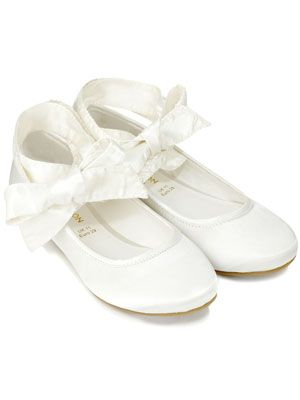 2ca76be01a882 Flower girls shoes | Bella's 1st Holy Communion in 2019 | Ballerina ...