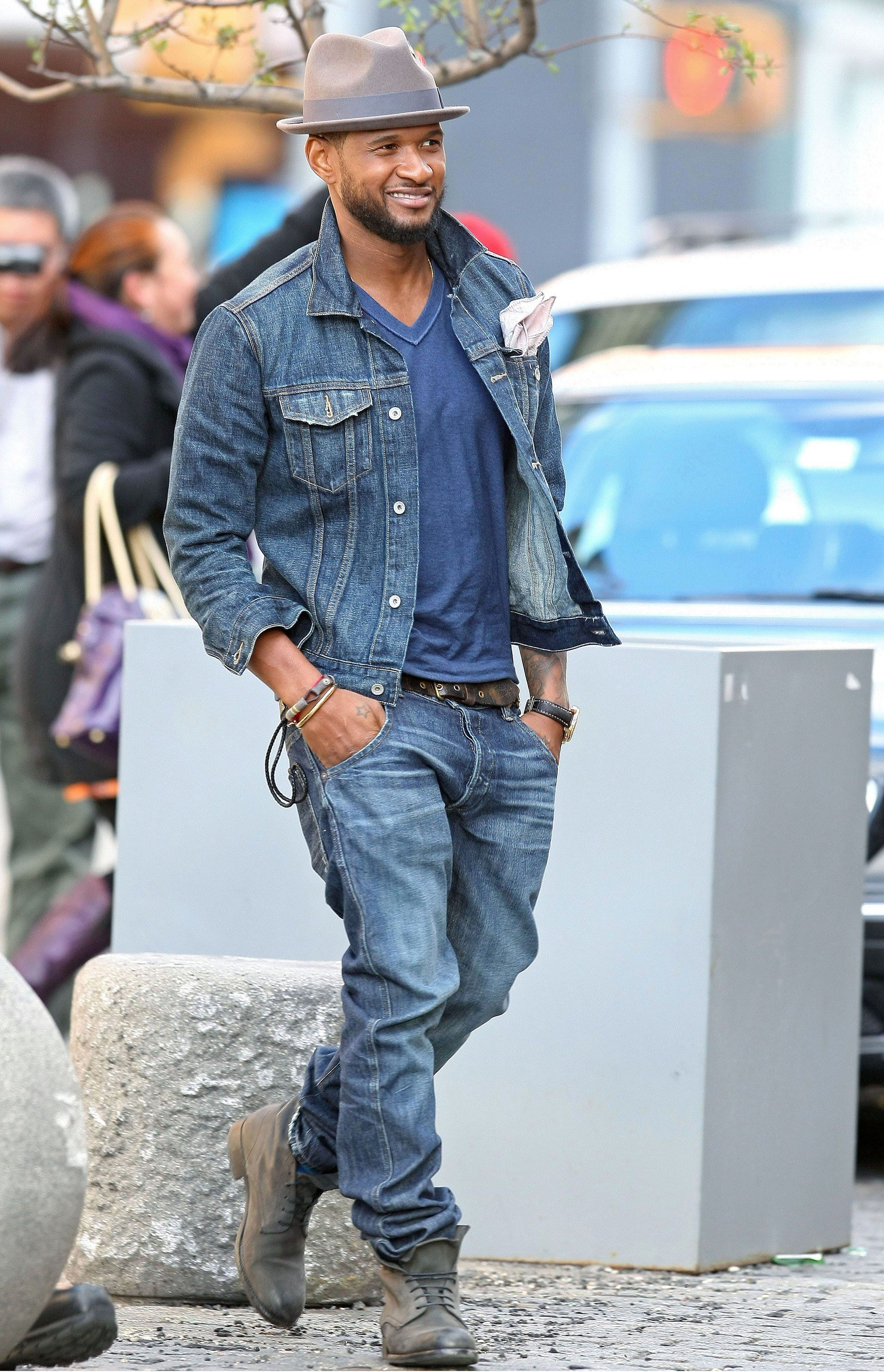 d5f9aba1a Usher Does the Denim on Denim Look With Ease | Easy | Denim jacket ...