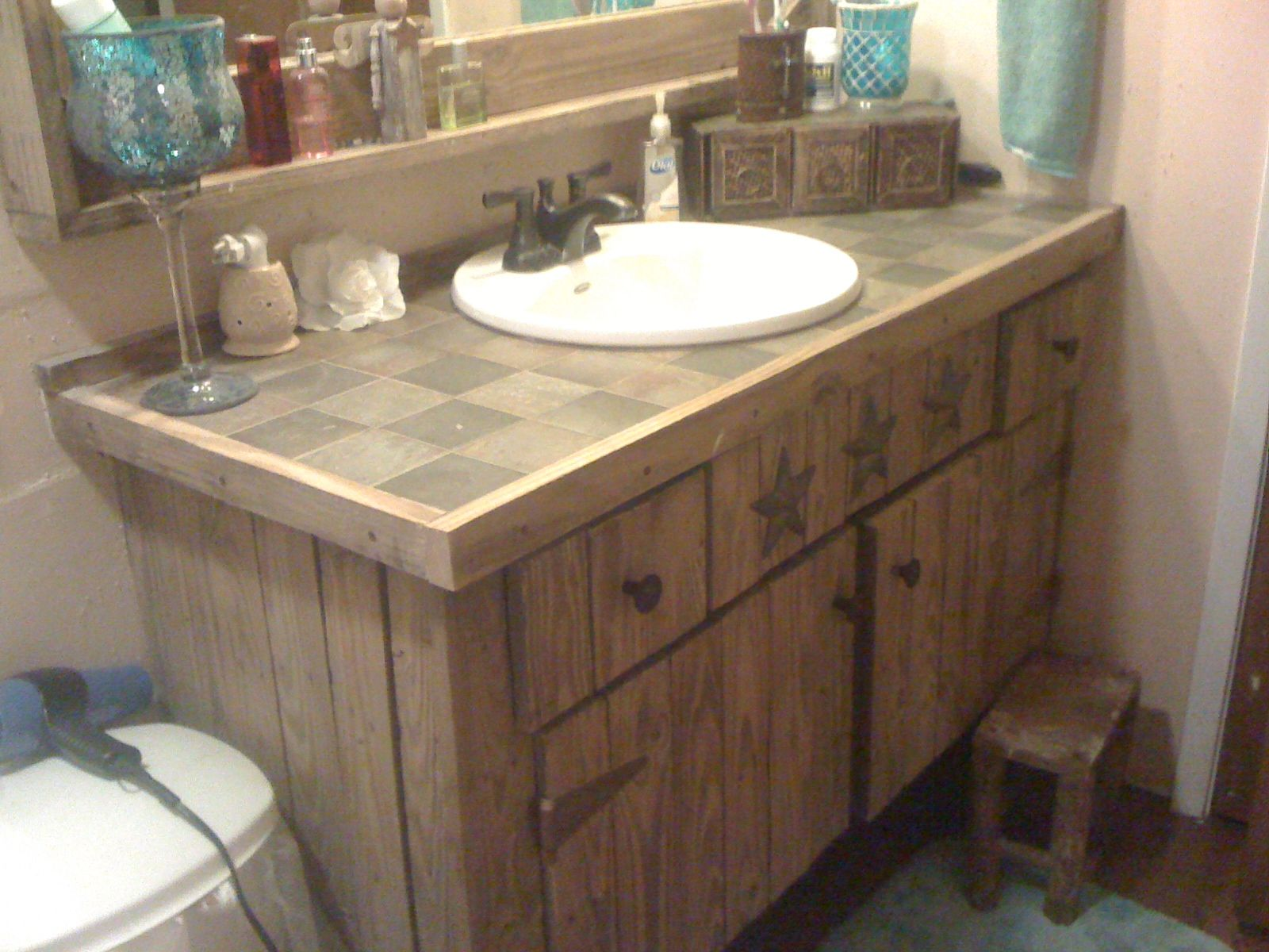 Bathroom Vanity Country Western Style Remake Of A White Bathroom Vanity And Sink Old Fence Barn White Vanity Bathroom Unique Bathroom Vanity Bathroom Vanity