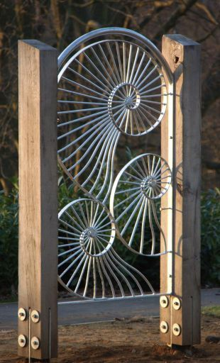 Pin By Jonathan Bell On Rebar Fence Garden Gates Metal