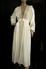 Ivory satin peignoir, 1940s. Trimmed with beautiful beige cotton lace.