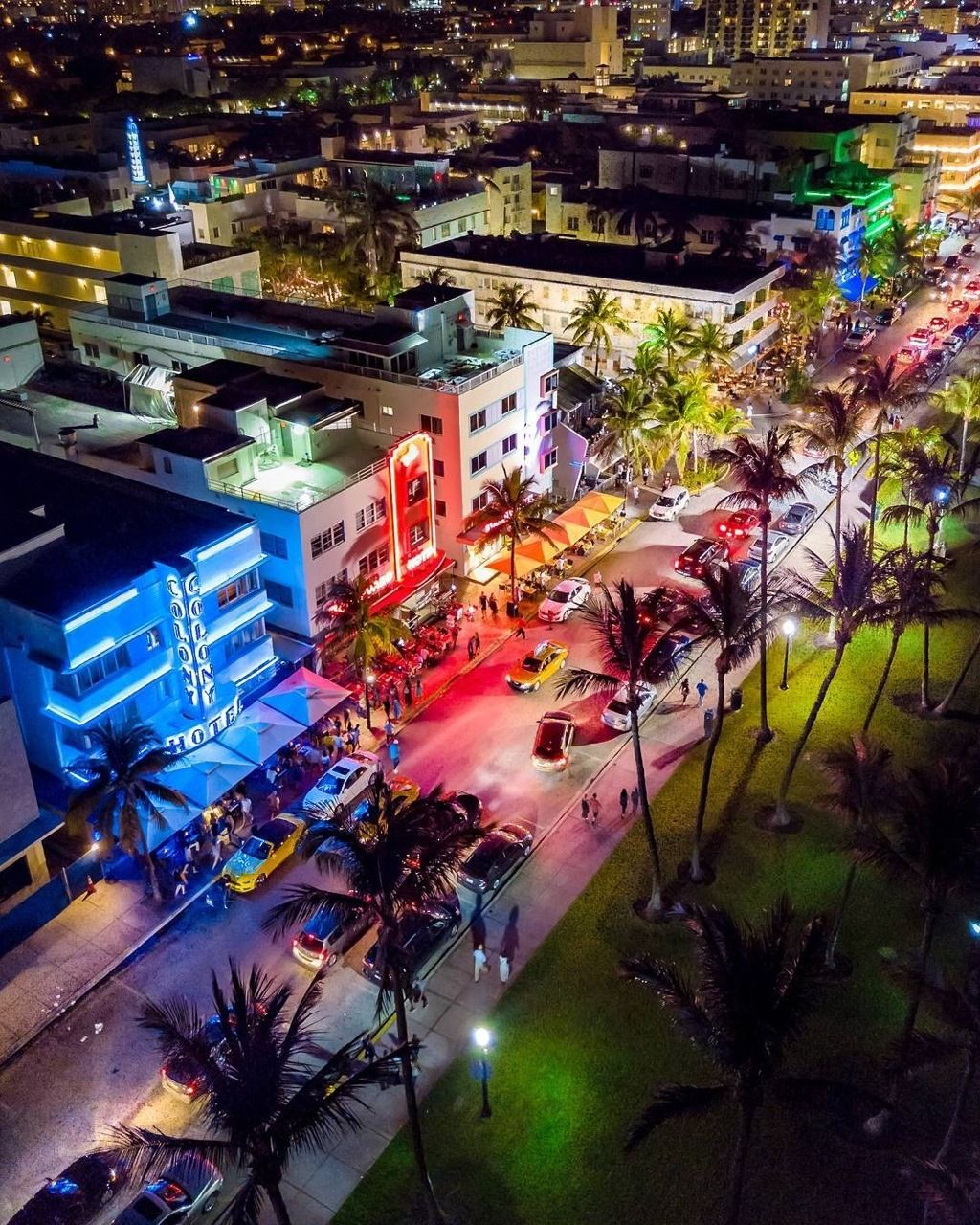 Miami Florida Nightlife: Ocean Drive At Night By Nonexistentjay