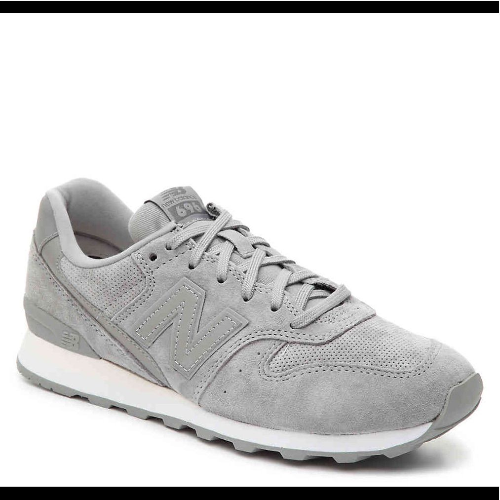 New Balance Suede 696 Sneakers in 2020