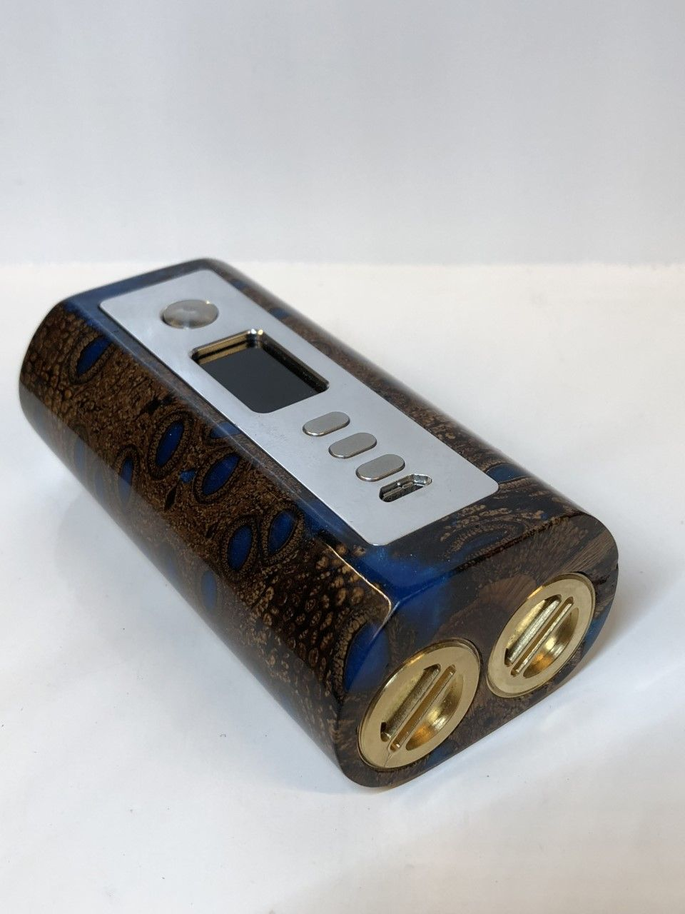 hybrid stabilized banksia nut blue resin dna 75c chip brass dual