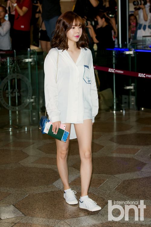 Goes To Japan For Smtown Live Tour V Jessica Jung Looks Yoona