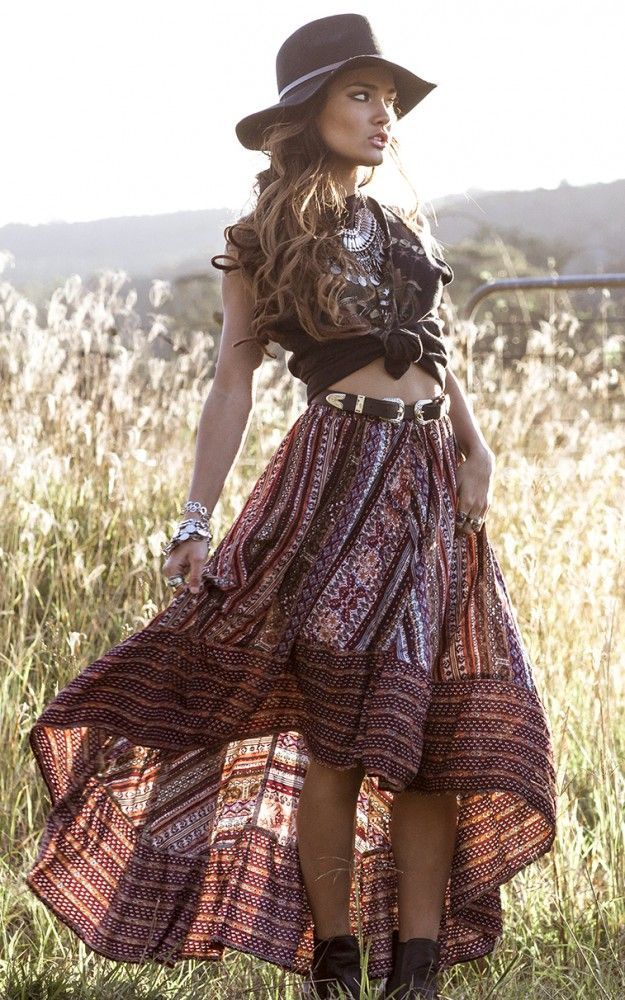 Photo of Between Era & # 39; S Skirt In Wine Stampa #between #print #skirt