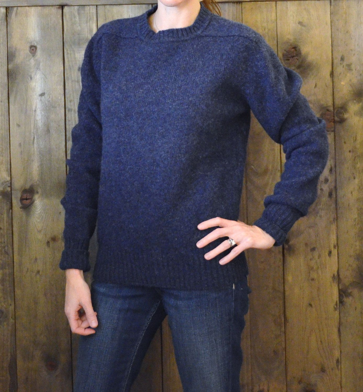 heather navy blue shetland wool sweater/ S M | Shetland wool, Navy ...