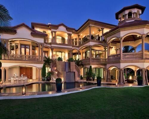 Huge home with design of class and beauty and life of for Big houses in florida