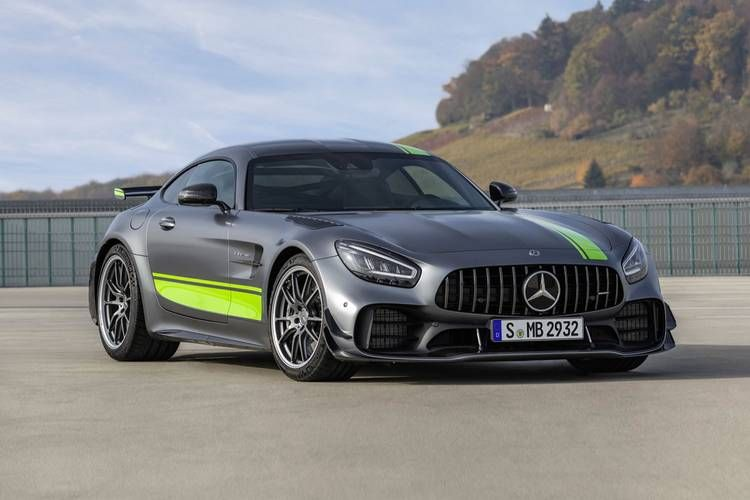 Mercedes Benz Goes Faster With Its Amg Gt R Pro In 2020 Mercedes Benz Amg Mercedes Amg Gt R Mercedes Amg