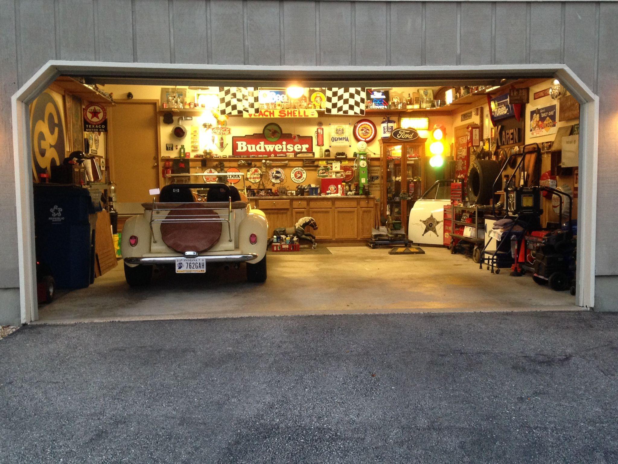 pin by pond hasoy on โรงจอดรถ garage decor barn garage on extraordinary affordable man cave garages ideas plan your dream garage id=16965