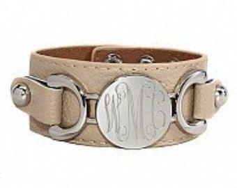 Con monograma pulsera brazalete de cuero pulsera por MonogramBelle