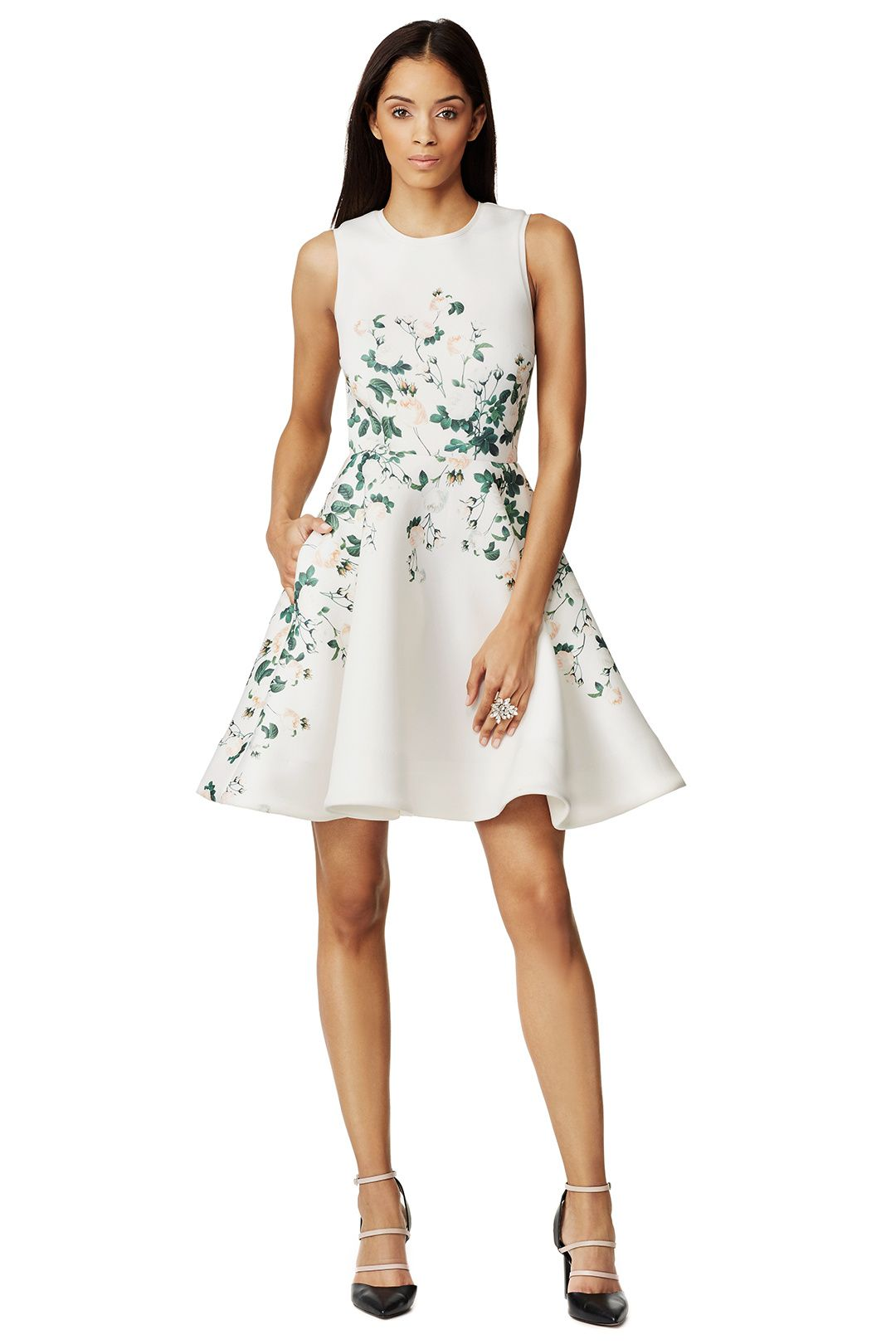 The dress garden - Love The Use Of The Border Print On This Dress Woven Garden Dress