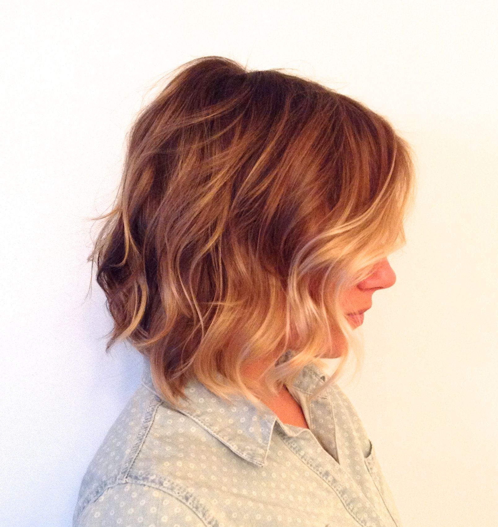 Warm golden blonde colour ombre or sombre waves in this bob show