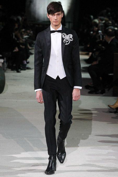 4801ceac7f8 Dsquared² - Fall 2015 Menswear - Look 37 of 45