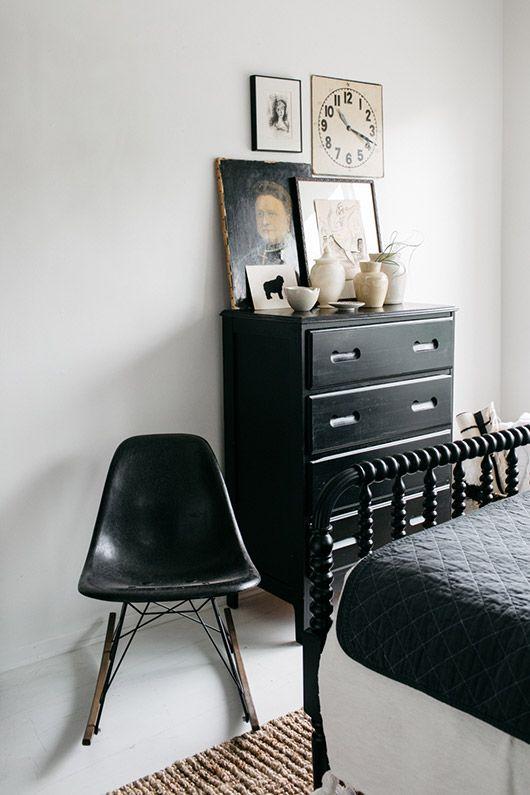 black and white vintage decor via EBTH   sfgirlbybay For the