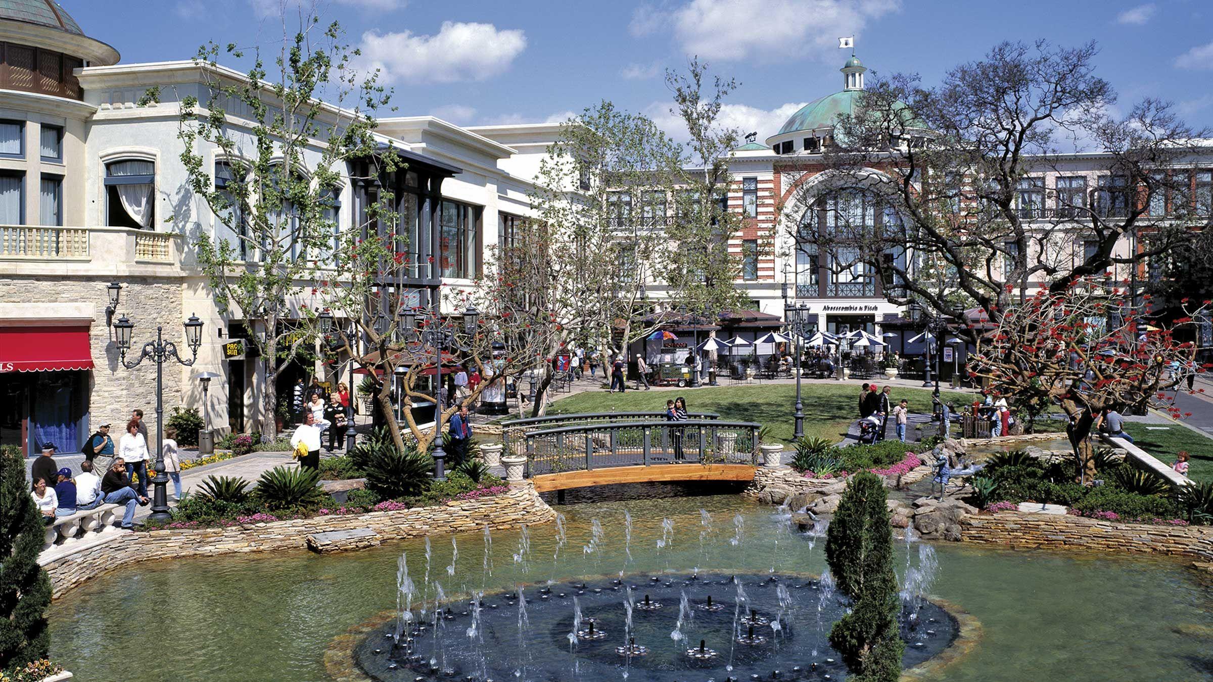 Grove fountain day grove street mall canal