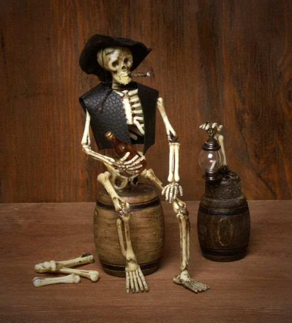 Dollhouse Miniature HALLOWEEN Skeleton 1:12 vintage haunted house SPooKy music