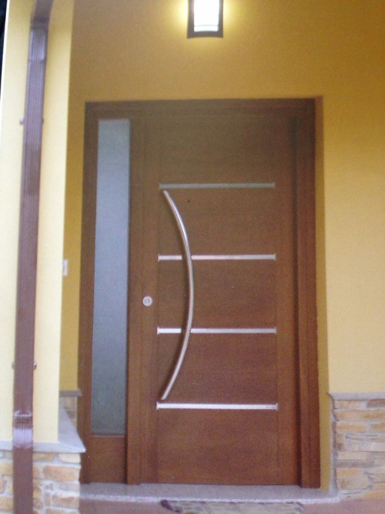 Puertas para frente de casa dise os buscar con google - Imitacion madera para fachadas ...