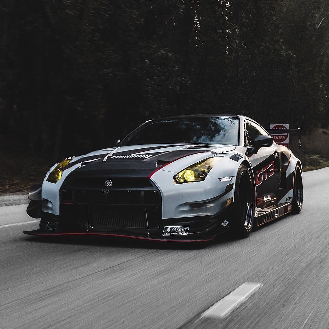 Pin By Lalit Sahoo On Supercars Nissan Gtr Super Cars Expensive Sports Cars